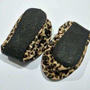 Leopard print folding flats new